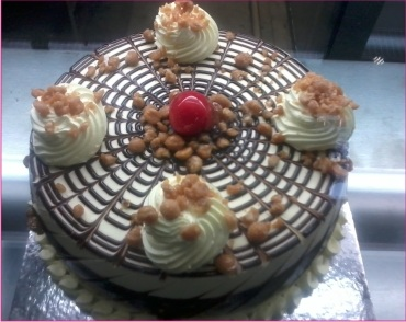 Butterscotch cake gurgaon
